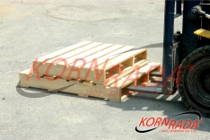 4 STRINGERS WOOD PALLETS